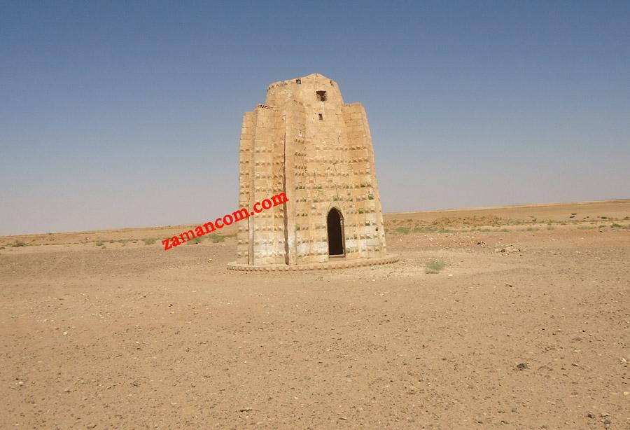برج حمام من الحجر (الصورة من فيضة الشعلان البادية الشرقية)